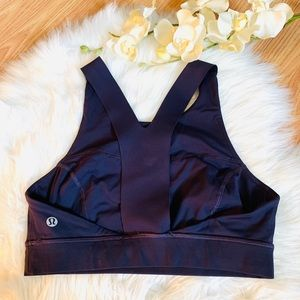 Lululemon Size 6 Blue/Violet Sports Bra